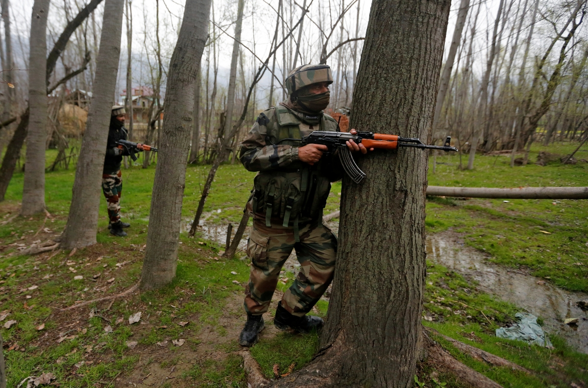 Jammu and Kashmir: Army jawan injured as gunbattle breaks out in Srinagar