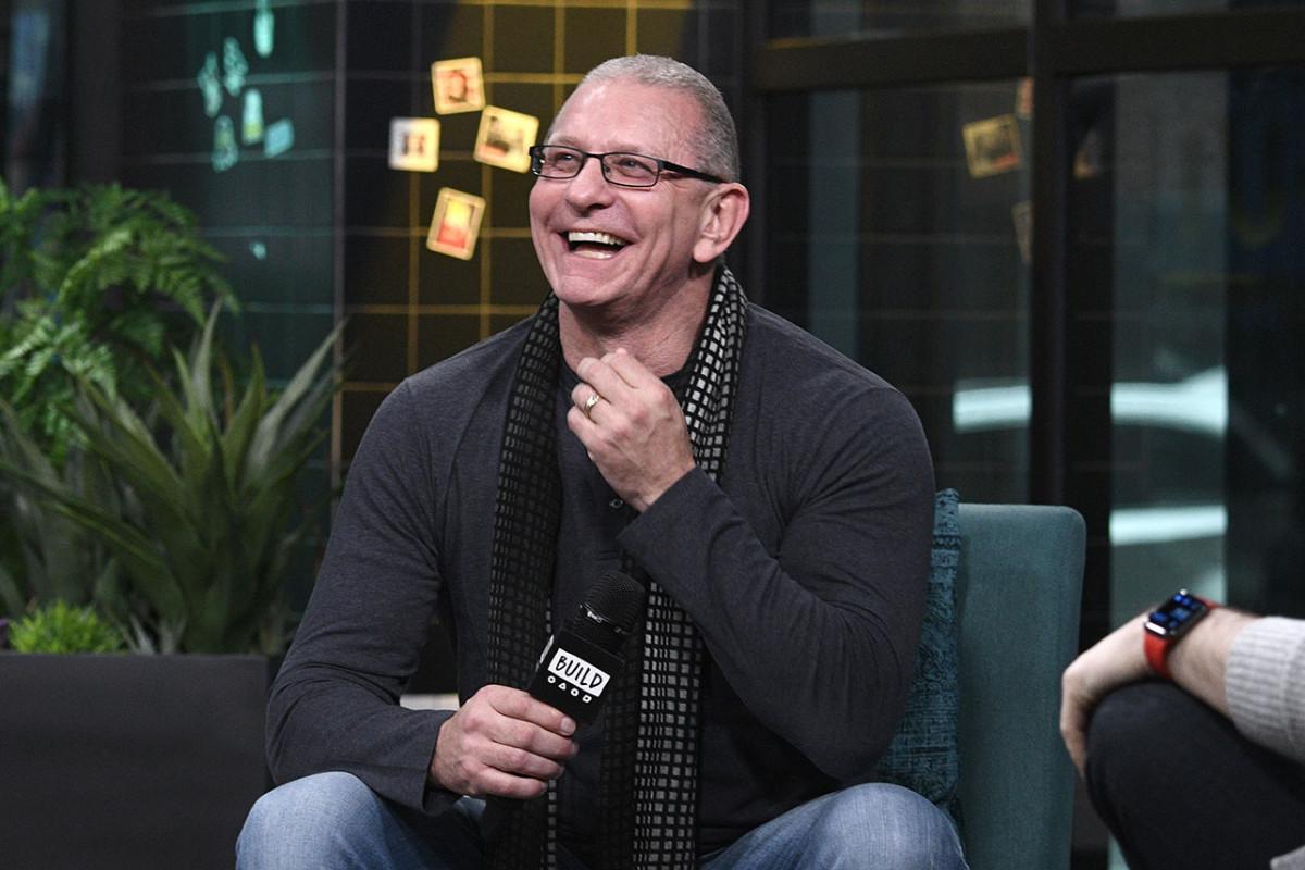 Chef-kok Robert Irvine tekent nieuwe Food Network-deal, plant 'Restaurant: Impossible' Spinoff