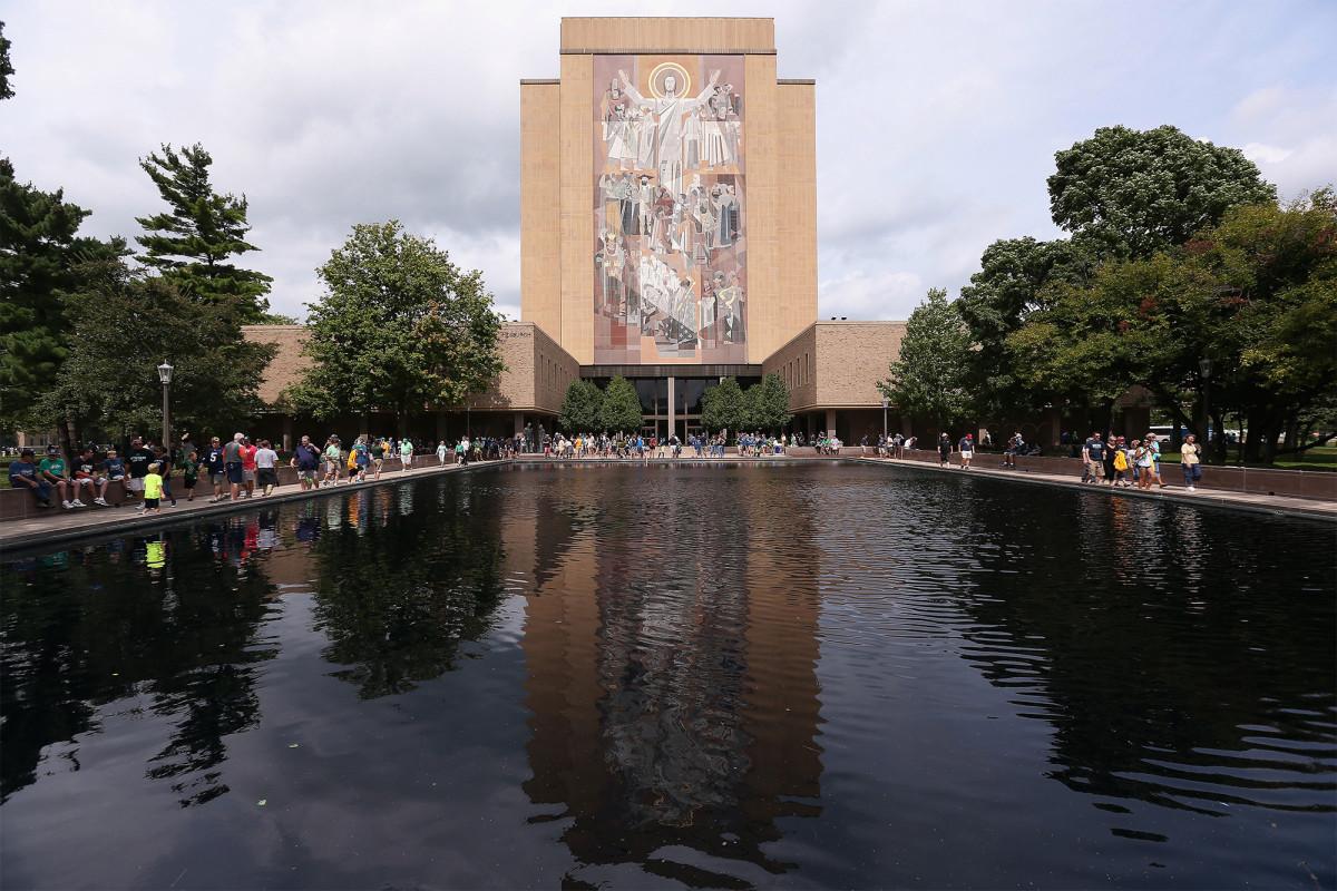 De Notre Dame trekt zich terug uit het eerste Trump-Biden-debat