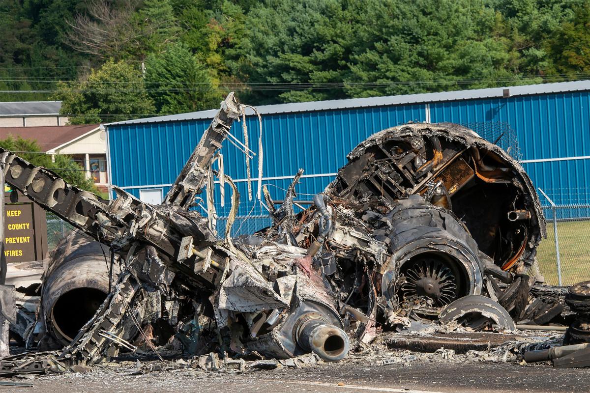 Rapport onthult hoe Dale Earnhardt Jr., familie ontsnapte aan vliegtuigcrash