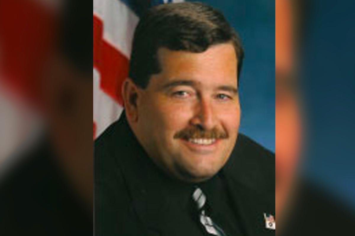 Queens Assemblyman berispt wegens schending van het anti-intimidatiebeleid