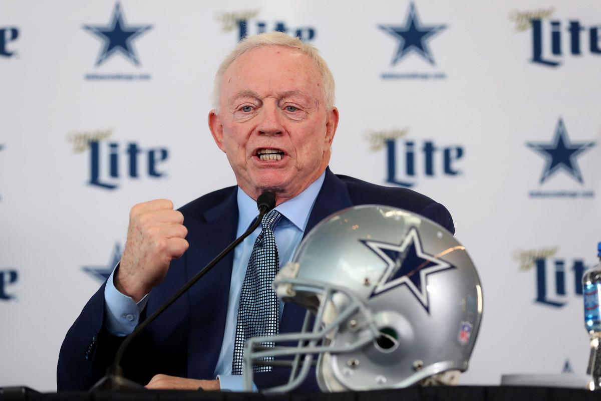 Jerry Jones is van plan dit seizoen fans te hebben bij elke Cowboys-game