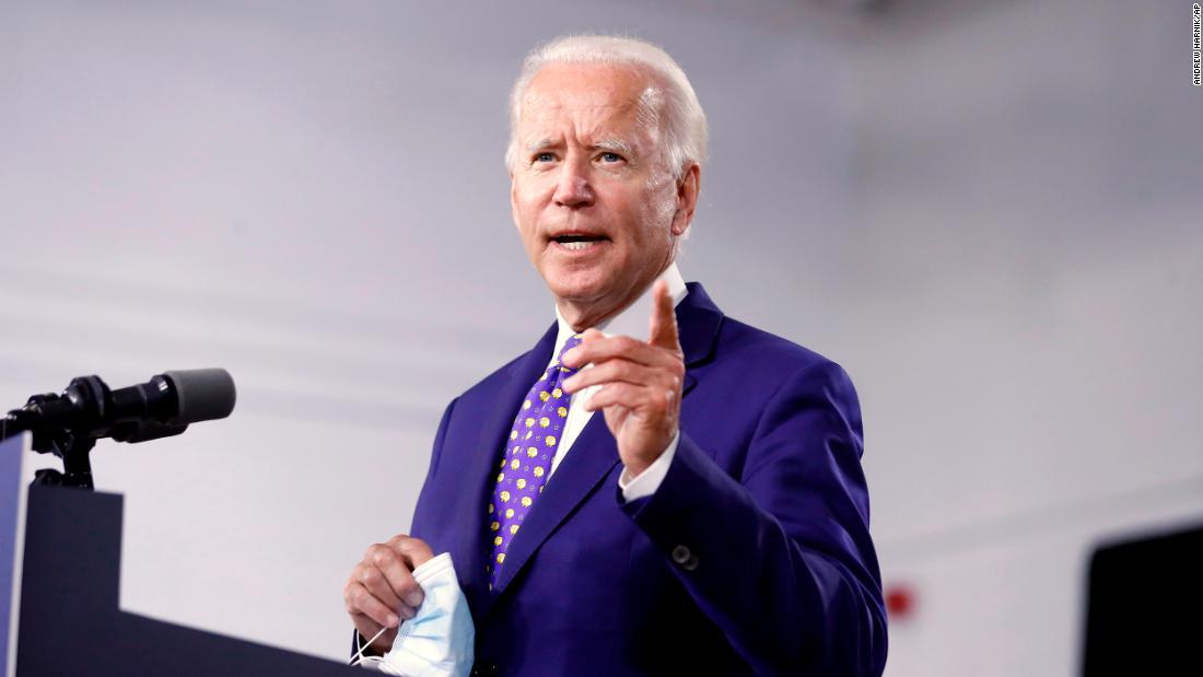 Biden betreedt de conventies in een historisch sterke positie