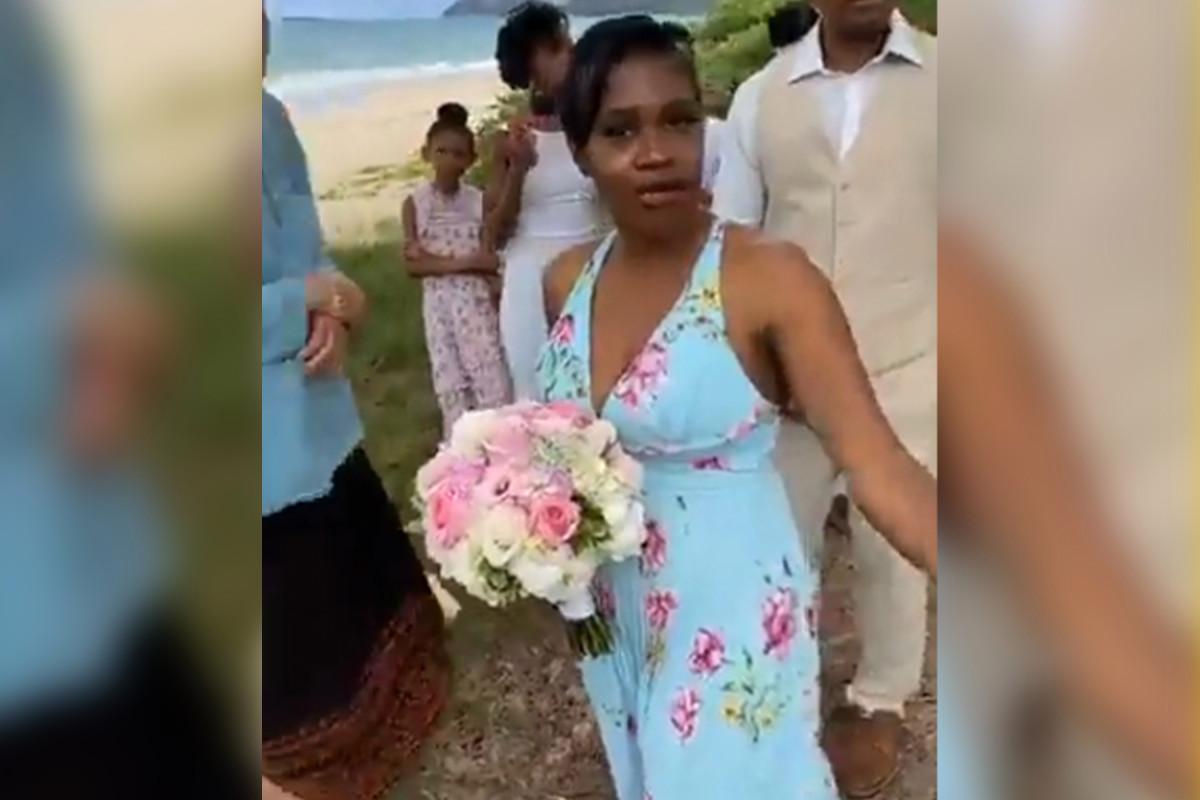 Vrouw hindert Hawaii strandhuwelijk vanwege COVID-19-voorschriften
