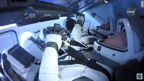 SpaceX Crew Dragon-astronauten keren terug naar de aarde