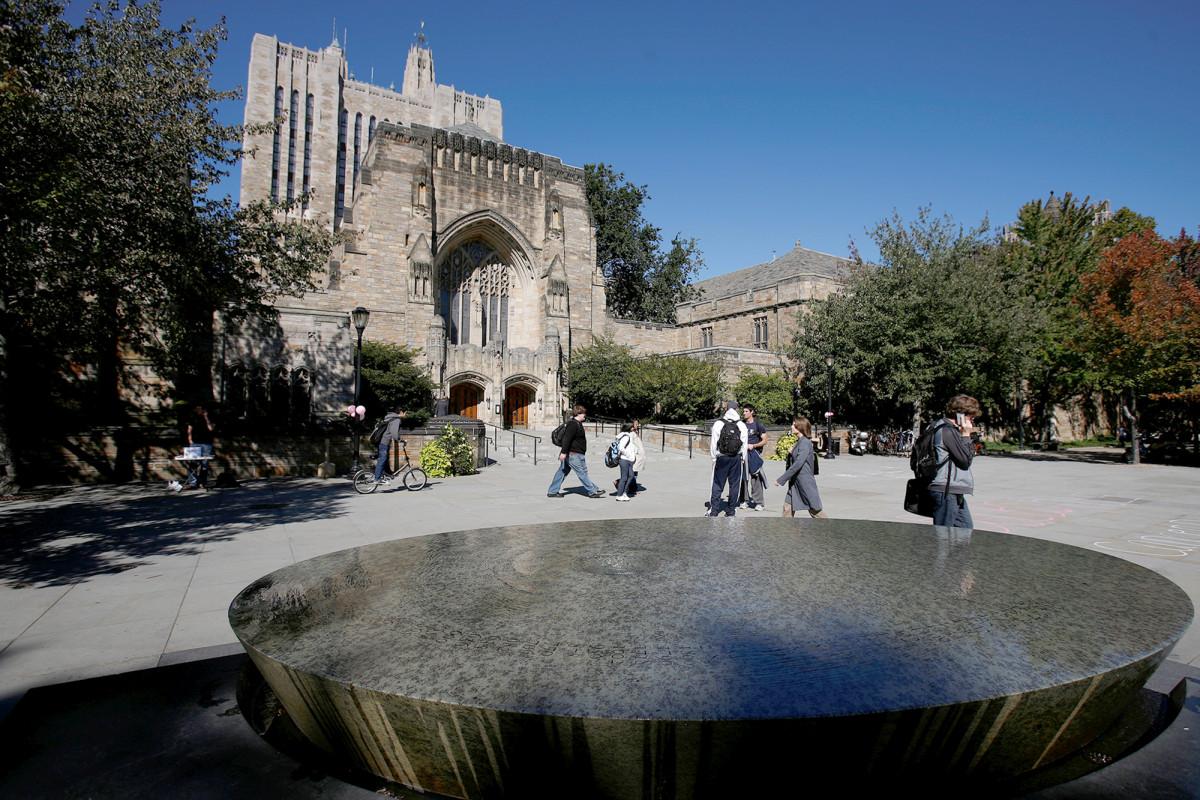 Yale kan joden en Aziaten niet discrimineren en verwacht belastinggeld